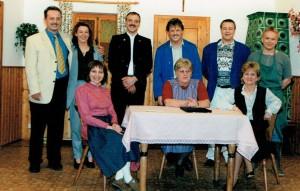 Peter Scheubeck, Elisabeth Pröpstl, Fritz Denk, Christian Kalesse, Franz Voith, Dieter Reisinger (stehend, v.l.n.r.) Carmen Konrad, Roswitha Horvat, Christa Scheubeck (sitzend, v.l.n.r.)